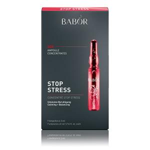 Babor Ampoule Concentrates SOS Stop Stress reduserer synlig dybden på fine linjer og rynker, og gir huden øyeblikkelig et jevnere og fastere utseende – løfteeffekten skaper jevnere hud på et øyeblikk.