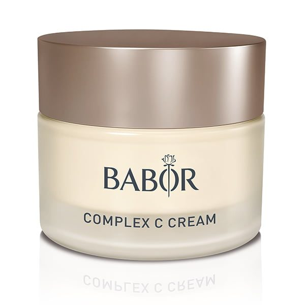 Babor Skinovage Classics Complex C Cream er en vitaminrik krem som virker 24 timer i døgnet for å gi glans til hudfargen og er egnet for enhver sliten, utarmet hud – gir hudens vitalitet og tilfører hudfargen ungdommelig utstråling.