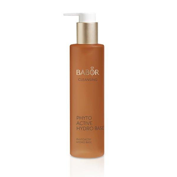 Babor Cleansing Phytoactive Hydro Base for normale, kombinasjons- og tørre hudtyper er designet for å behandle, friske opp og gi utstråling til huden mens du renser.