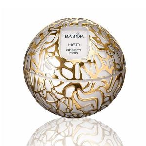 Babor HSR Lifting Cream Rich er en luksuriøs, rik, anti-rynke krem, spesielt for tørr hud som bekjemper alle typer linjer og rynker, for eksempel uttrykkslinjer og gravitasjonslinjer, samt tap av tone.