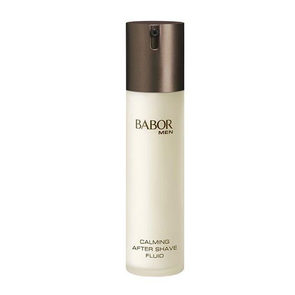 Babor Men Calming After Shave Fluid er et hurtigabsorberende, ikke-fettig aktivt konsentrat ideell for å forhindre tett hud og rødhet etter barbering, enten det er en våt eller en tørr barbering. Huden føles uthvilt, glatt og behagelig å ta på.