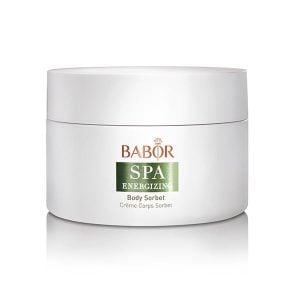 Babor SPA Energizing Body Sorbet er en mild, behagelig kjølig gelkrem som smelter på huden. Inneholder et Champagne-pære-stamcelleekstrakt – eksklusivt for Babor, og kalkekstrakt som gjør at huden føles behagelig fuktig.