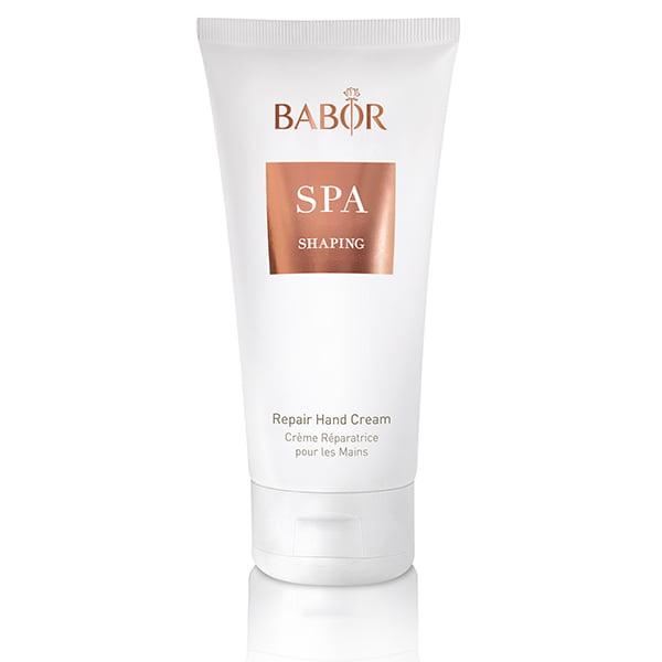 Babor SPA Shaping Repair Hand Cream beskytter mot miljøindusert hudaldring og etterlater hendene ungdommelig glatte, myke og smidige, og reduserer utseendet på aldersflekker.