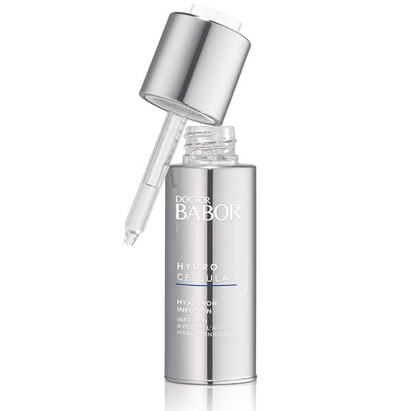 Doctor Babor Hydro Cellular Hyaluron Infusion er et kraftfullt aktivt konsentrat som gir fuktighetsøkning for dehydrert hud med en øyeblikkelig, langvarig effekt som skaper en frisk, rosenrød hudfarge.