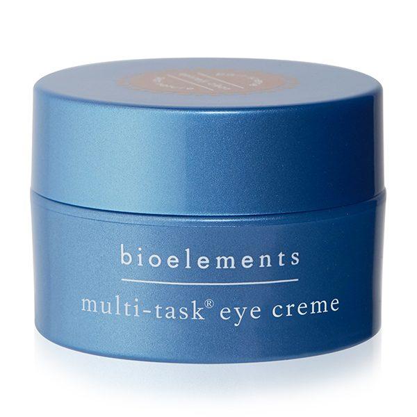 Multi-Task Eye Creme fra Bioelements er en lett og ikke-fet øyekrem til bruk på dagtid designet for å lysne mørke ringer, redusere hovenhet og minimere fine linjer.Formulert med oppstrammende og fuktighetsgivende lipoic og hyaluronsyrer, i tillegg til å styrke beta-glucan, agurk og aloe vera.