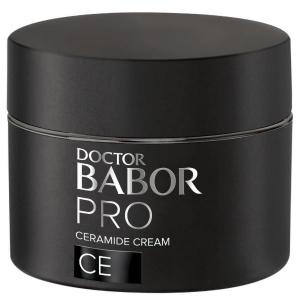 Doctor Babor PRO CE Ceramide Cream imiterer den lamellære strukturen i hydrolipidbarrieren og støtter hudens egen naturlige beskyttende funksjon. Kremen kombinerer lipider og ceramider som ligner de som finnes naturlig i huden, hjelper til med å utjevne forstyrrelser i hudens barrierefunksjon og hjelper til med å beskytte mot fuktighetstap.