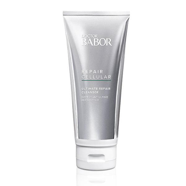 Doctor Babor Repair Cellular Ultimate Repair Cleanser krem renser dypt, fjerner smuss, talg og sminke, men er alikevel veldig forsiktig og omsorgsfull og etterlater en grundig renset hud som er forberedt på alle hudpleieprodukter som deretter påføres.