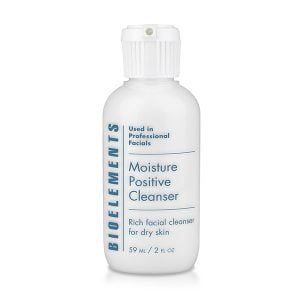 Moisture Positive Cleanser er en mild og rik fuktighetsrens for tørr hud. Denne melkerensen etterlater huden din myk, hydrert, sterk og frisk.