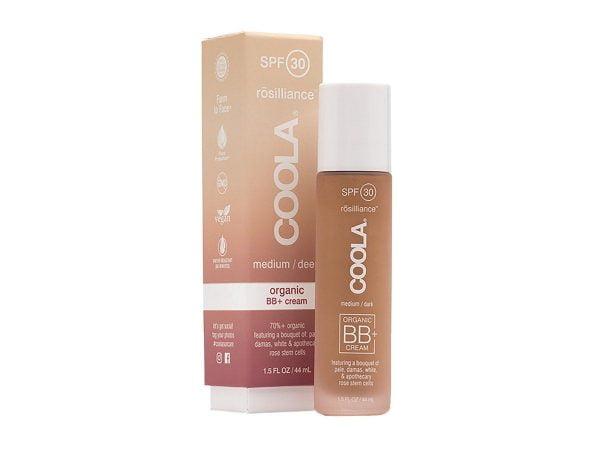 En hudvennlig fuktighetskrem med farge som gir deg en naturlig strålende glød og et friskt og sunt utseende. Den mineralbaserte, bredspektre SPF 30 formelen gir en følelse av frihet. Du glemmer at du har den på og den lett dekkende effekten får huden til å se nydelig ut. En signaturbukett av rosenstamcelleekstrakter gir et avansert bio-kompleks med blant annet stamceller fra rose, virker utglattende, fukter og gjenoppbygger hudens naturlige elastisitet og reduserer synlige tegn på aldring.